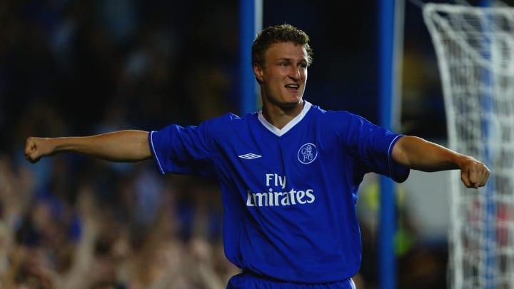 Robert Huth of Chelsea celebrates scoring Chelsea's second goal