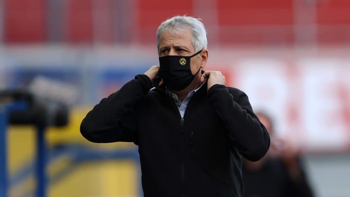Keine Titel - keine Perspektive? Noch hält Dortmund an Favre fest