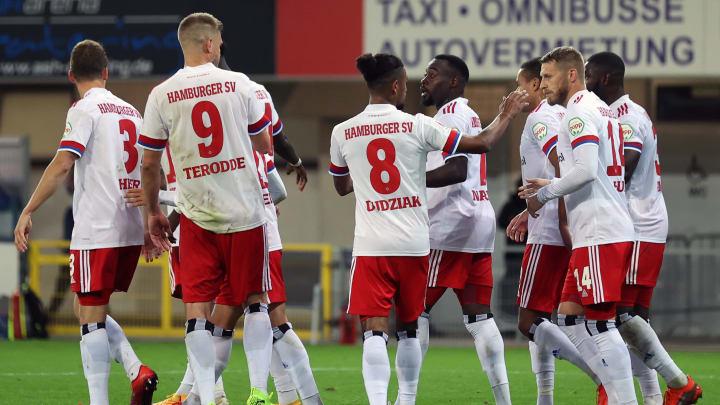 Der HSV sah erst wie die Lachnummer aus - gewann das Spiel aber dennoch