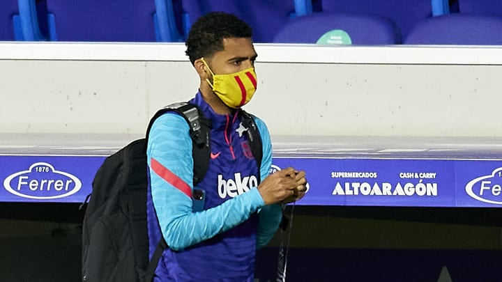 Matheus Fernandes não recebeu muitas oportunidades no Barcelona.