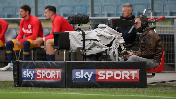Eine TV-Kamera von Sky.