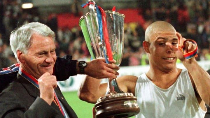 El gol de Ronaldo le dio al FC Barcelona la Recopa de 1997