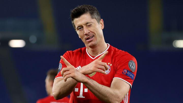Lewandowski fired Bayern to another comfortable away win