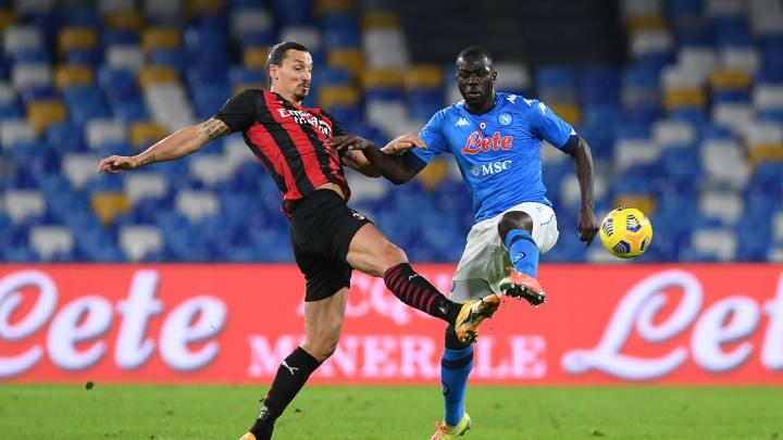 Milan e Napoli fazem um dos grandes jogos deste domingo