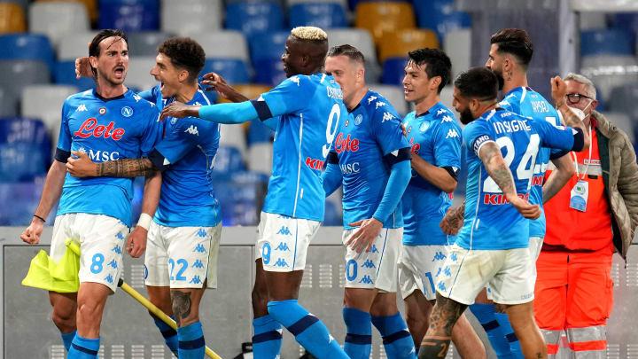 L'esultanza dei calciatori del Napoli contro l'Udinese