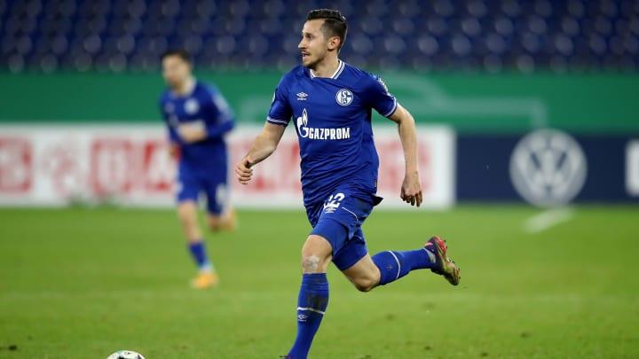 After Schalke farewell: Steven Skrzybski signs with Holstein Kiel ...