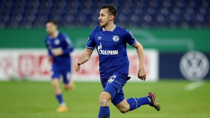Auch Steven Skrzybski wird Schalke verlassen müssen