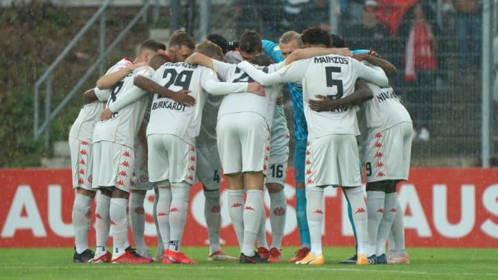 SV 07 Elversberg v 1. FSV Mainz 05 - DFB Cup: First Round