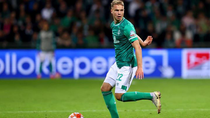 Niklas Schmidt erhält bei Werder einen neuen Vertrag