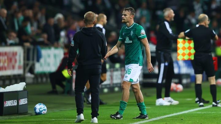 Hiobsbotschaft für Werder Bremen: Kapitän Groß fällt lange aus