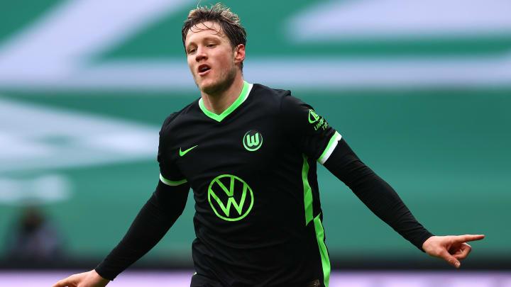 Torjäger Wout Weghorst will seinen VfL nach Europa schießen.