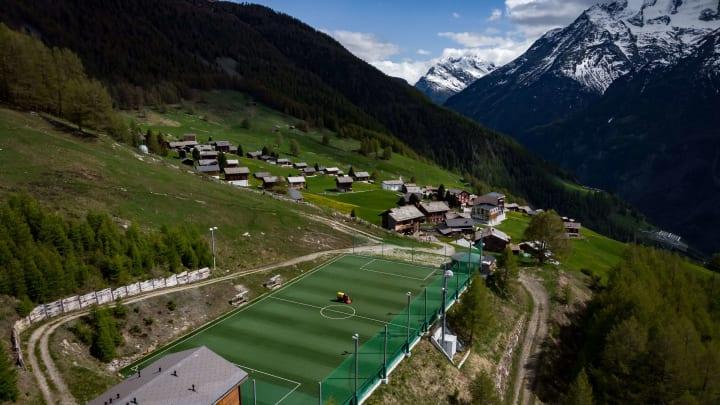 Ottmar Hitzfeld Stadium fica na Suíça