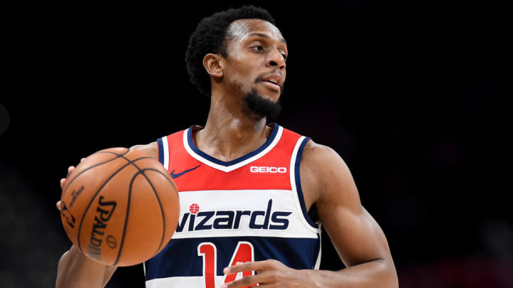 Ish Smith scored eight points against the Clippers on Dec., 8.