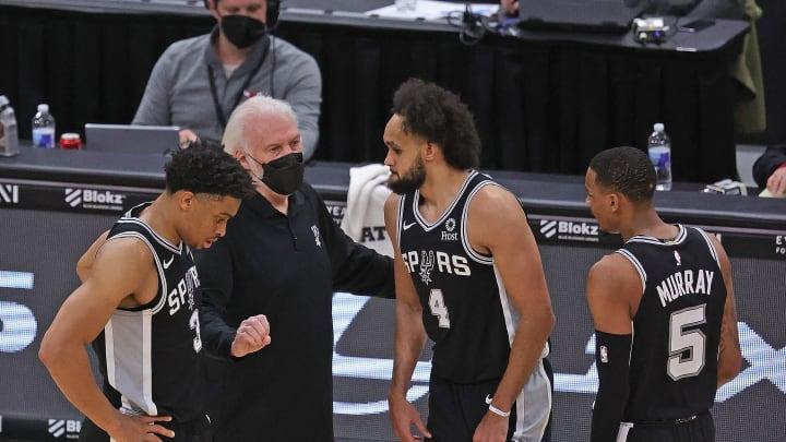 San Antonio Spurs Gregg Popovich, Keldon Johnson, Dejounte Murray, Derrick White