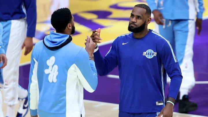 Los Lakers siguen siendo los máximos favoritos al campeonato gracias a su estrellas
