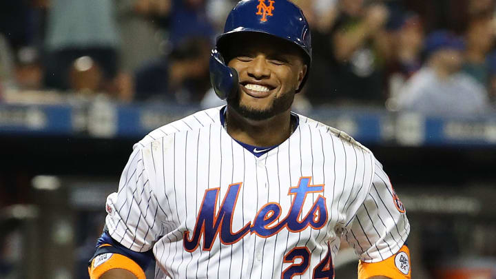 NEW YORK, NEW YORK - JULY 23:  Robinson Cano #24 of the New York Mets celebrates his sixth inning home run with Pete Alonso #20 against the San Diego Padres during their game at Citi Field on July 23, 2019 in New York City. (Photo by Al Bello/Getty Images)