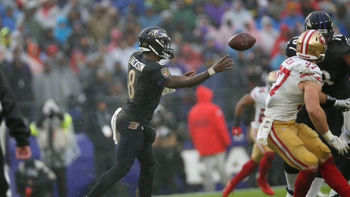 Lamar Jackson tosses a pass in Ravens vs 49ers