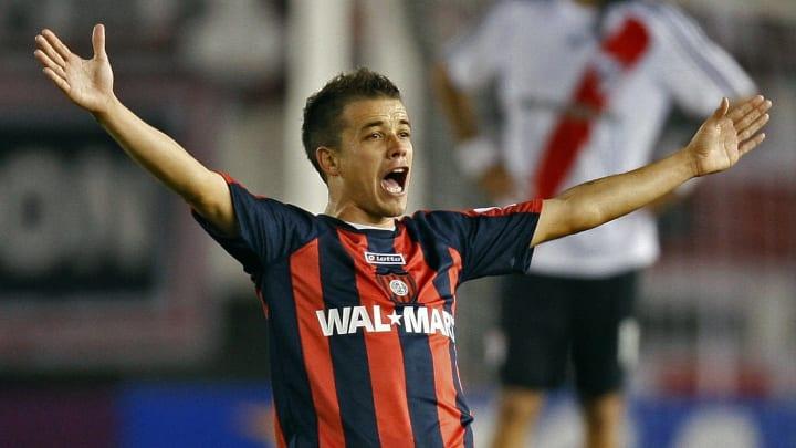 San Lorenzo's midfielder Andres D'Alessa