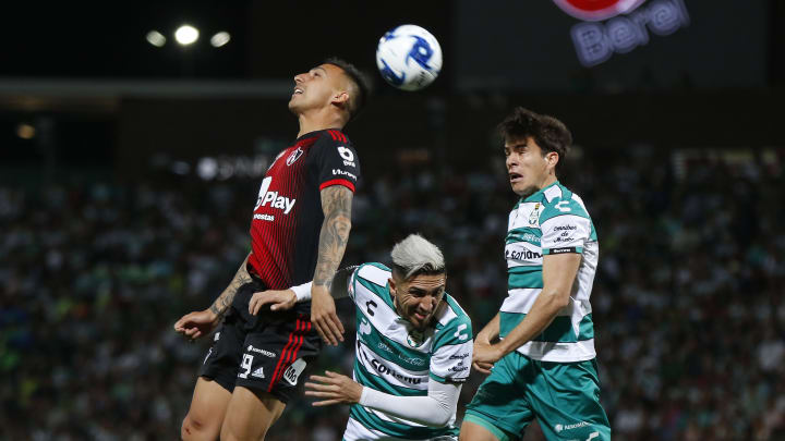 Marcelo Correa, Diego Valdez, Ulises Rivas