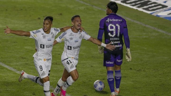 Santos vem de vitória no Brasileirão