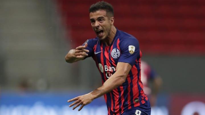 Atacante teve passagem apagada pelo Atlético-MG