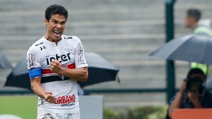 Atleta deixou o São Paulo há poucas semanas