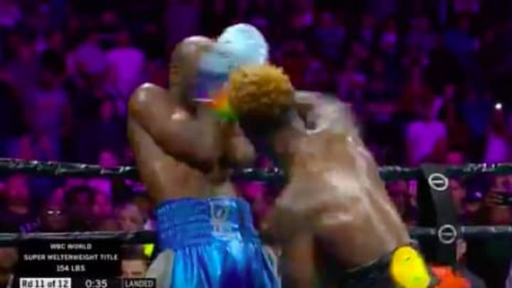 Jermell Charlo ends the championship bout against Tony Harrison in round 11
