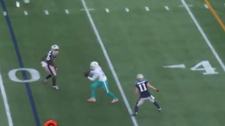 Interceptan un pase de Tom Brady para un touchdown de 35 yardas