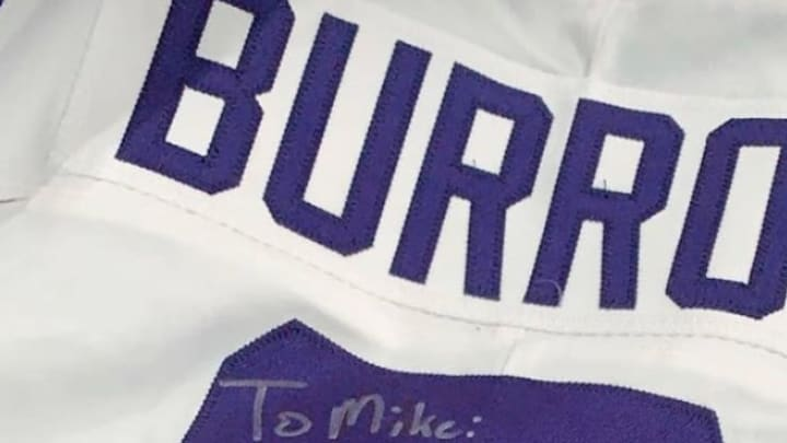 Joe Burrow gifted Michael Thomas his signed No.9 jersey after LSU defeated Clemson