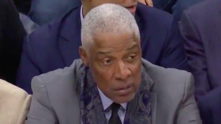 Philadelphia 76ers legend Julius Erving was impressed by a Kawhi Leonard dunk Tuesday night.