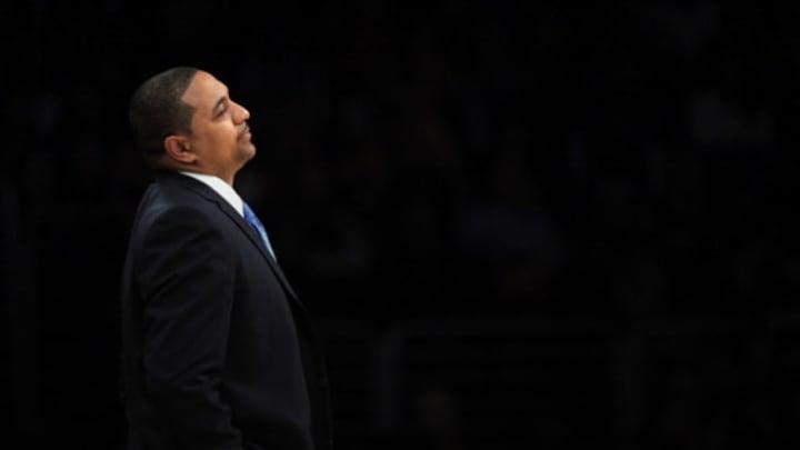 Mark Jackson coaching the Golden State Warriors.
