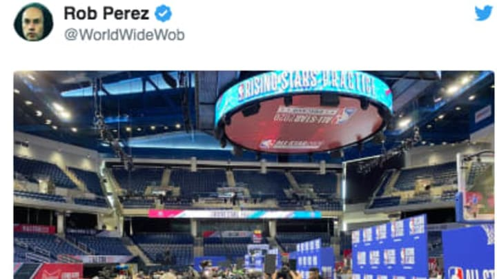 The media surrounded New Orleans Pelicans rookie Zion Williamson at All-Star Weekend.