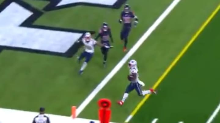 Patriots score first touchdown of game with James White reception in third quarter vs Texans.