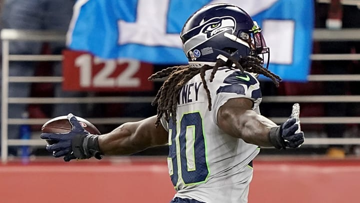 SANTA CLARA, CALIFORNIA - NOVEMBER 11: Defensive end Jadeveon Clowney #90 of the Seattle Seahawks recovers a fumble to score a touchdown over the San Francisco 49ers  during the second quarter at Levi's Stadium on November 11, 2019 in Santa Clara, California. (Photo by Thearon W. Henderson/Getty Images)