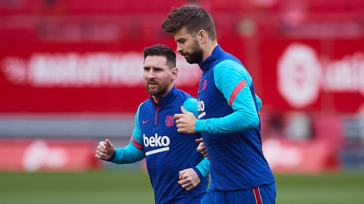 Pique hopes Messi can stay on at FC Barcelona
