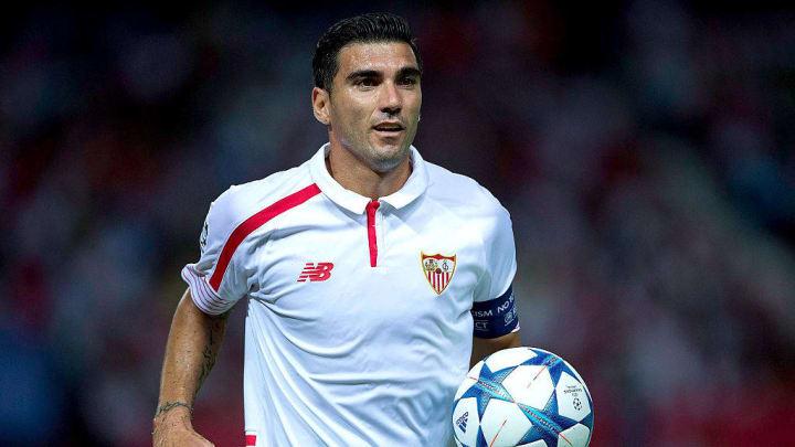 Reyes pasó dos veces por el Sevilla