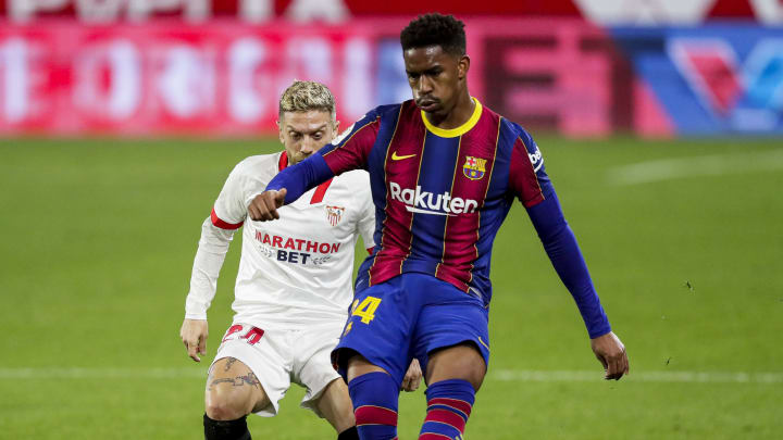 Junior Firpo is close to joining Leeds from Barcelona for £13m