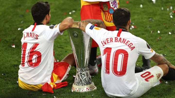 Banega celebrates with the Europa League trophy