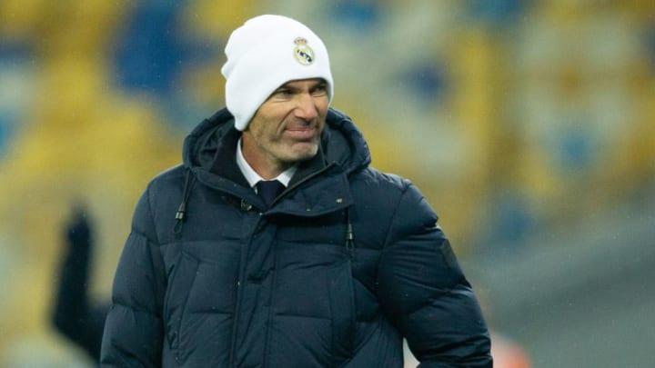 Kein Rücktritt geplant: Zinedine Zidane gibt sich kämpferisch
