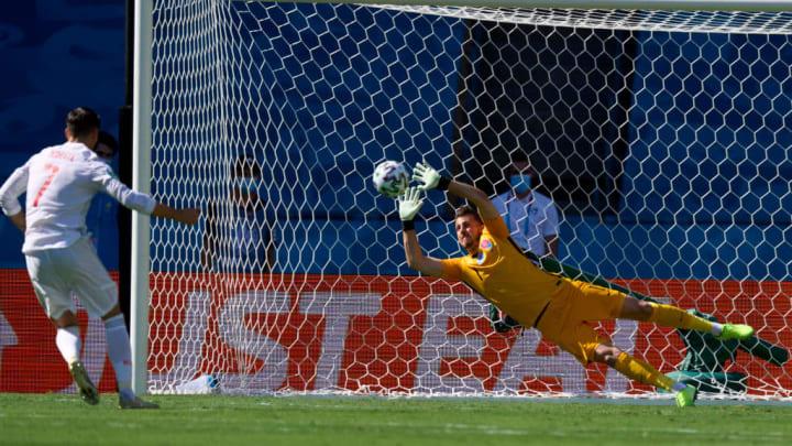 Martin Dubravka saves Alvaro Morata's penalty