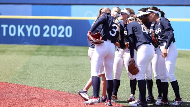 Australia vs USA Olympic women's softball odds & prediction on FanDuel Sportsbook.