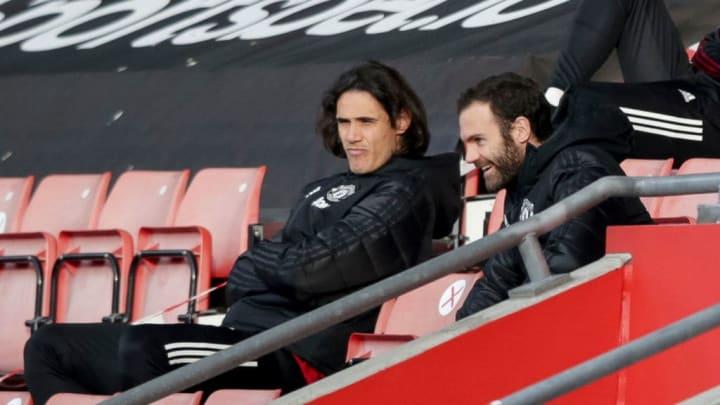 Edinson Cavani, Juan Mata