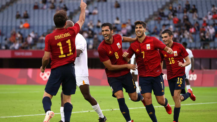España celebrando un gol