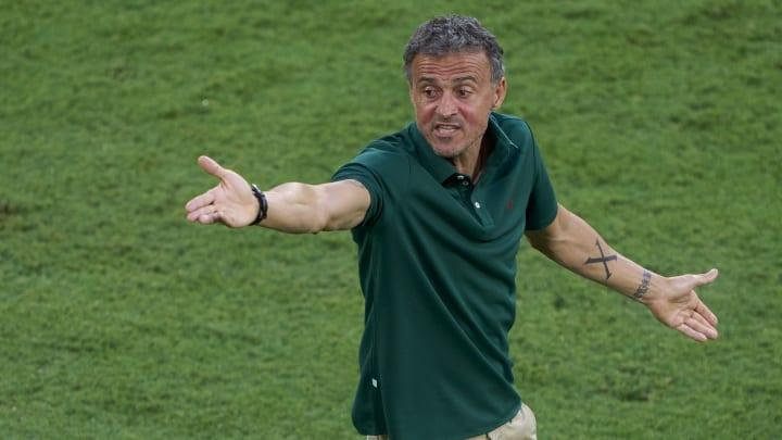 Luis Enrique has big decisions to make ahead of Spain's decider