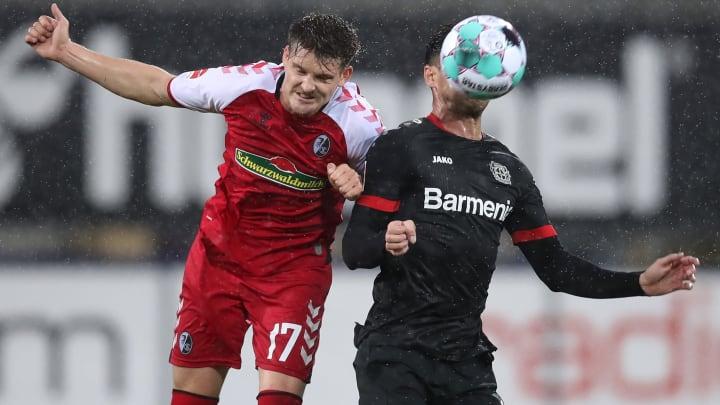 Lukas Kübler (l.) verlängert beim SC Freiburg.