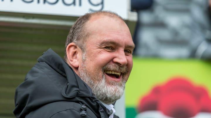 Jörg Schmadtke wird sich ein zusätzliches Jahr um die Geschäfte der Wölfe kümmern