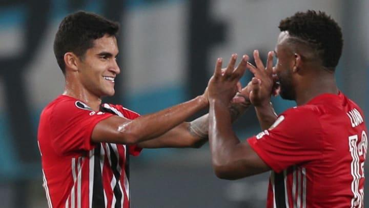 São Paulo jogou com time alternativo e teve a aprovação de Hernan Crespo.