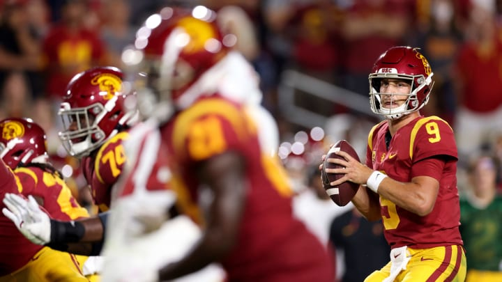 Oregon State Beavers vs USC Trojans prediction, odds, spread, over/under and betting trends for college football Week 4 game.