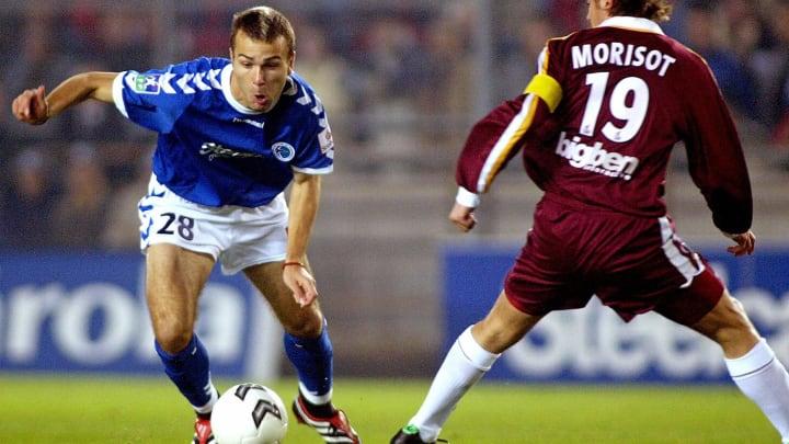 Strasbourg's forward Danijel Ljuboja (L)