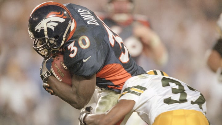 Super Bowl XXXII featured a matchup between the Denver Broncos and Green Bay Packers.